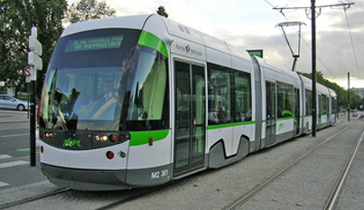 CM4 TESTS ITS DEFLECTOR DEVICE ON NANTES TRAMWAY